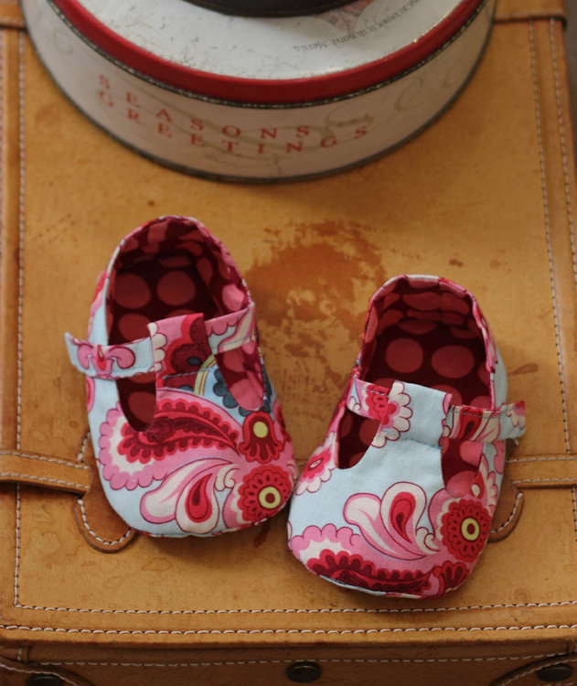 Picture of Jordan Baby T-Strap Shoes PDF Pattern