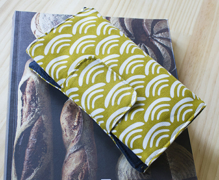 Picture of Macaulay Gadget Wallet PDF Pattern