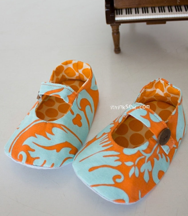 Picture of Isabella Baby Mary Jane Shoes PDF Pattern