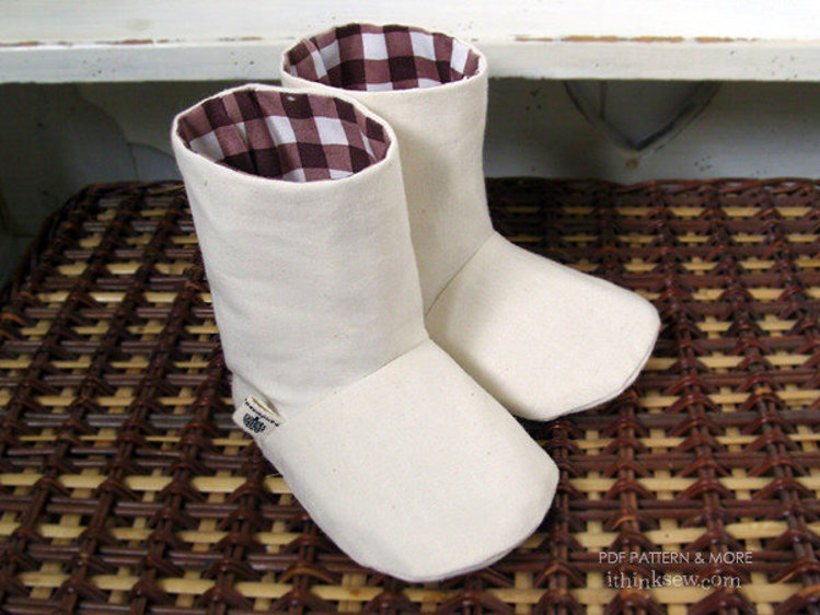 Picture of Charlie Baby Boots PDF Pattern