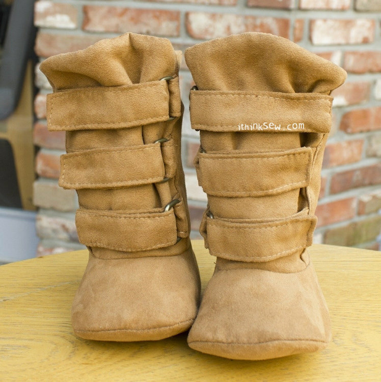 Picture of Ainsley Baby Boots PDF Pattern