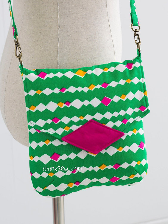 Picture of Aileen Clutch Bag (2 sizes) PDF Pattern