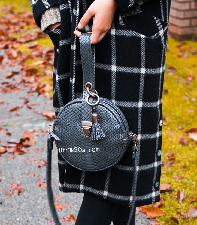 Picture of Diana Cross Bag PDF Pattern