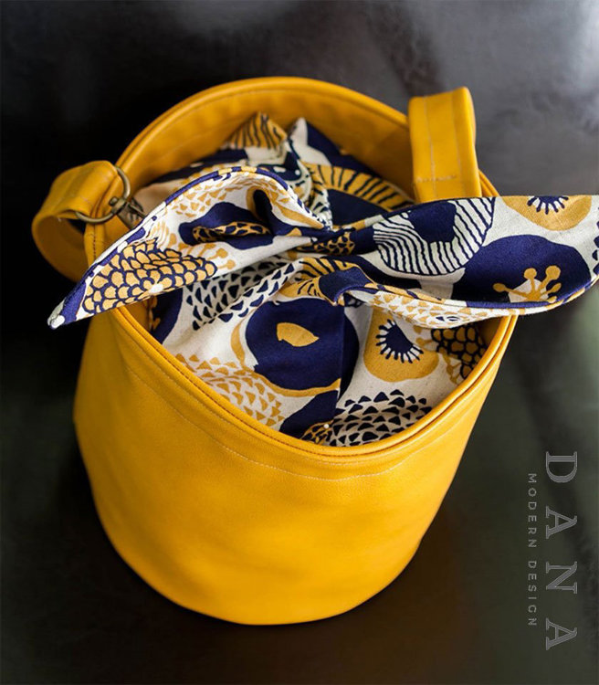 Picture of Geraldine Bucket Bag PDF Pattern