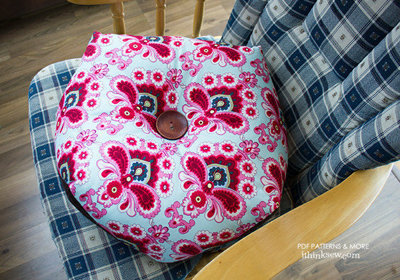 image for Trisha Cushion PDF Pattern (#735) - Subscribers Only